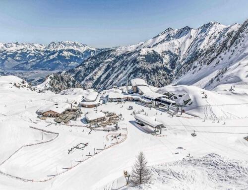 OUTLET direkt am Kitzsteinhorn Gletscher